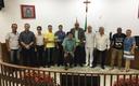 Vereadores recebem livro sobre a história do município